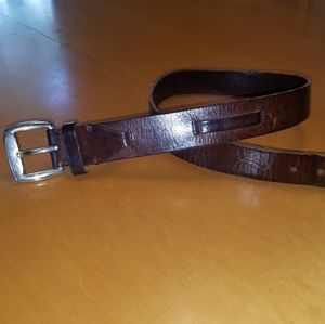 Fossil brown leathe belt. 38 inch length.